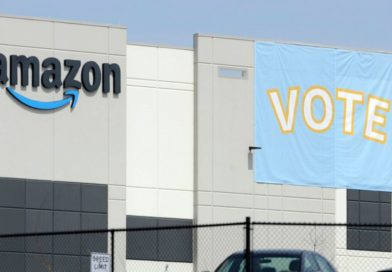 Amazon Warehouse Workers Vote Not to Form a Union
