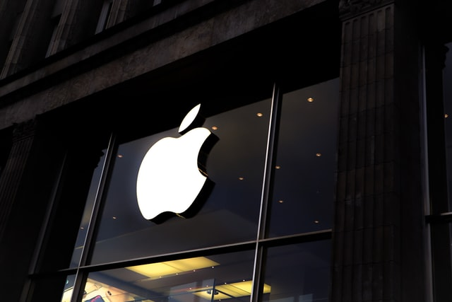 Over 1,000 employees take a bite out of apple for security screening time